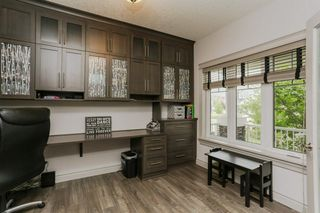 Photo 13: 2114 90A Street in Edmonton: Zone 53 House for sale : MLS®# E4146377