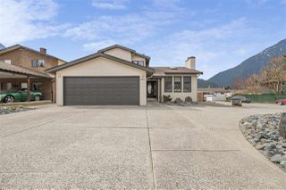 Photo 2: 620 6TH Avenue in Hope: Hope Center House for sale : MLS®# R2351396
