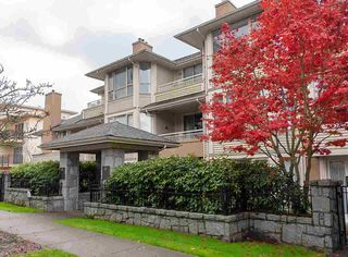 "Photo 1: 307 3766 W 7TH Avenue in Vancouver: Point Grey Condo for sale in ""THE CUMBERLAND"" (Vancouver West)  : MLS®# R2352729"