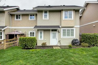 "Photo 18: 4 12161 237 Street in Maple Ridge: East Central Townhouse for sale in ""VILLAGE GREEN"" : MLS®# R2358297"