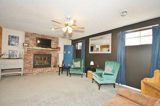 Photo 2: 17110 96 Street in Edmonton: Zone 28 House for sale : MLS®# E4152632