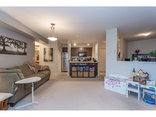 "Photo 5: 215 12238 224 Street in Maple Ridge: East Central Condo for sale in ""URBANO"" : MLS®# R2376710"