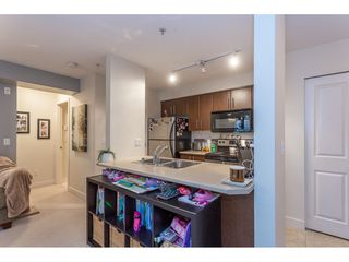 "Photo 8: 215 12238 224 Street in Maple Ridge: East Central Condo for sale in ""URBANO"" : MLS®# R2376710"