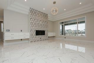 Photo 6: 2703 WHEATON Drive in Edmonton: Zone 56 House for sale : MLS®# E4160352