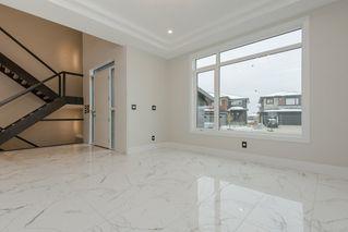 Photo 2: 2703 WHEATON Drive in Edmonton: Zone 56 House for sale : MLS®# E4160352