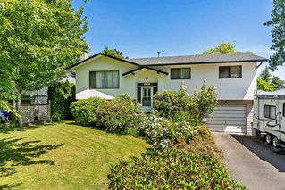 Photo 1: 6192 174B Street in Surrey: Cloverdale BC House for sale (Cloverdale)  : MLS®# R2378226