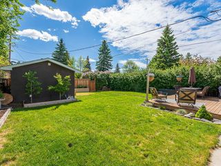 Photo 25: 2012 CROCUS Road NW in Calgary: Charleswood Detached for sale : MLS®# C4253746