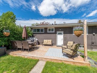 Photo 23: 2012 CROCUS Road NW in Calgary: Charleswood Detached for sale : MLS®# C4253746