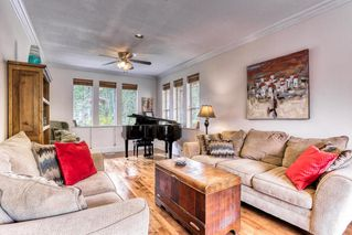 Photo 8: 469 GLENBROOK Drive in New Westminster: Fraserview NW House for sale : MLS®# R2380969