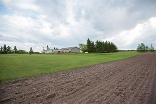 Photo 3: 56103 RR 14 Road: Rural Lac Ste. Anne County House for sale : MLS®# E4162189