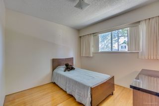 Photo 10: 2271 E 44TH Avenue in Vancouver: Killarney VE House for sale (Vancouver East)  : MLS®# R2381265