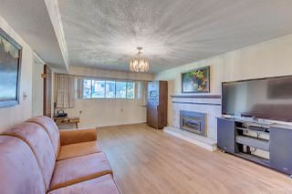 Photo 12: 2271 E 44TH Avenue in Vancouver: Killarney VE House for sale (Vancouver East)  : MLS®# R2381265
