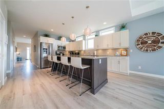 Photo 5: 150 Red Spruce Road in Winnipeg: Bridgwater Lakes Residential for sale (1R)  : MLS®# 1916844