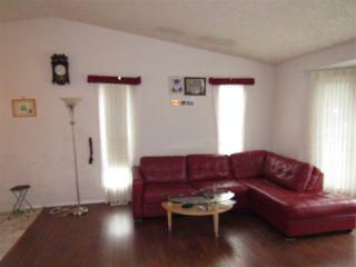 Photo 4: 15307 104 Avenue in Edmonton: Zone 21 House Half Duplex for sale : MLS®# E4164796