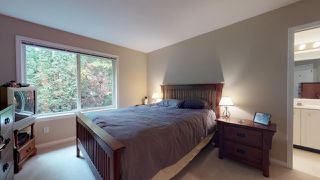 "Photo 13: 1000 CYPRESS Place in Squamish: Brackendale House for sale in ""Brackendale"" : MLS®# R2415693"