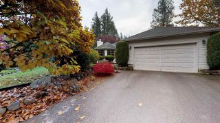 "Photo 3: 1000 CYPRESS Place in Squamish: Brackendale House for sale in ""Brackendale"" : MLS®# R2415693"