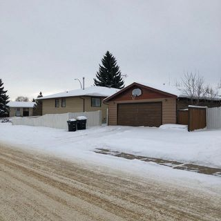 Photo 2: 5328 62 Street: Redwater House for sale : MLS®# E4184984