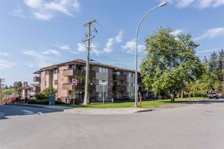 Main Photo: 307 33956 ESSENDENE Avenue in Abbotsford: Central Abbotsford Condo for sale : MLS®# R2447306
