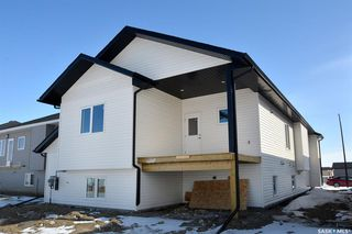 Photo 3: 515 Ells Crescent in Saskatoon: Kensington Residential for sale : MLS®# SK803793