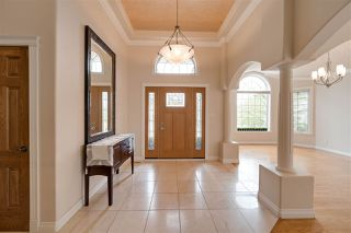 Photo 2: 956 HOLLINGSWORTH Bend in Edmonton: Zone 14 House for sale : MLS®# E4196924