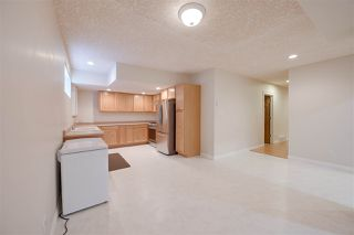 Photo 42: 956 HOLLINGSWORTH Bend in Edmonton: Zone 14 House for sale : MLS®# E4196924