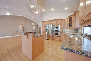 Photo 9: 956 HOLLINGSWORTH Bend in Edmonton: Zone 14 House for sale : MLS®# E4196924
