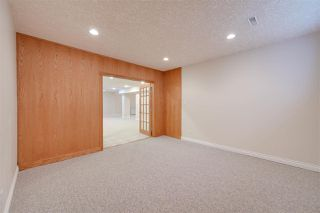 Photo 39: 956 HOLLINGSWORTH Bend in Edmonton: Zone 14 House for sale : MLS®# E4196924