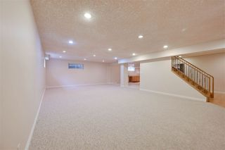 Photo 37: 956 HOLLINGSWORTH Bend in Edmonton: Zone 14 House for sale : MLS®# E4196924