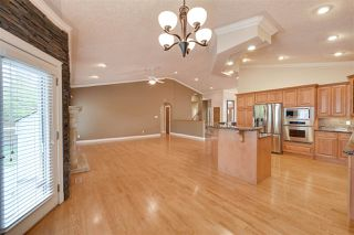 Photo 14: 956 HOLLINGSWORTH Bend in Edmonton: Zone 14 House for sale : MLS®# E4196924