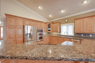 Photo 10: 956 HOLLINGSWORTH Bend in Edmonton: Zone 14 House for sale : MLS®# E4196924