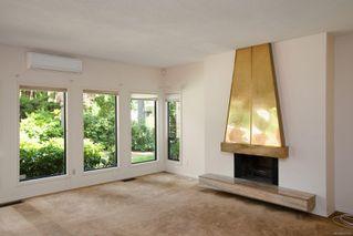 Photo 3: 1674 Stuart Park Terr in : NS Dean Park House for sale (North Saanich)  : MLS®# 852377