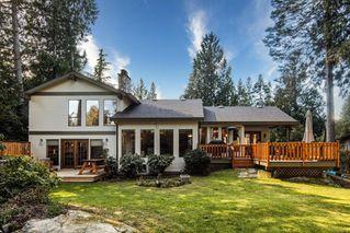 Photo 1: 1674 Stuart Park Terr in : NS Dean Park House for sale (North Saanich)  : MLS®# 852377