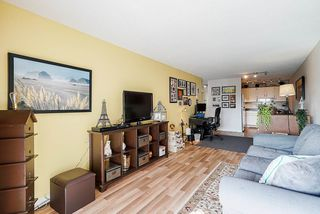 """Photo 13: 302 9952 149 Street in Surrey: Guildford Condo for sale in """"TALL TIMBERS"""" (North Surrey)  : MLS®# R2492246"""