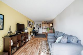 """Photo 14: 302 9952 149 Street in Surrey: Guildford Condo for sale in """"TALL TIMBERS"""" (North Surrey)  : MLS®# R2492246"""