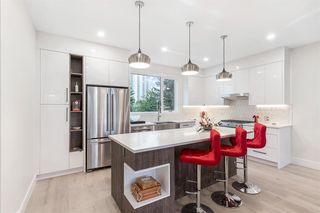 Main Photo: 2 3355 Spruce Drive SW in Calgary: Spruce Cliff Row/Townhouse for sale : MLS®# A1036737