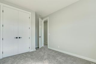 Photo 29: 4015 10 Avenue SW in Calgary: Rosscarrock Row/Townhouse for sale : MLS®# A1037968