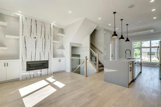 Photo 16: 4015 10 Avenue SW in Calgary: Rosscarrock Row/Townhouse for sale : MLS®# A1037968