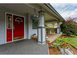 Photo 2: 2355 ORCHARD Drive in Abbotsford: Abbotsford East House for sale : MLS®# R2509564