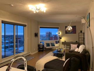 Photo 5: 1806 10410 102 Avenue NW in Edmonton: Zone 12 Condo for sale : MLS®# E4221931