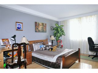 """Photo 8: 1001 9595 ERICKSON Drive in Burnaby: Sullivan Heights Condo for sale in """"CAMERON TOWERS"""" (Burnaby North)  : MLS®# V916298"""