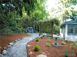 Photo 18: 4090 Torquay Dr in VICTORIA: SE Mt Doug House for sale (Saanich East)  : MLS®# 589552