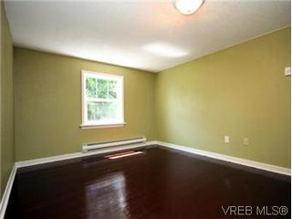 Photo 13: 4090 Torquay Dr in VICTORIA: SE Mt Doug House for sale (Saanich East)  : MLS®# 589552