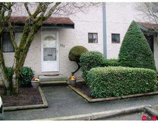 "Photo 1: 111 32880 BEVAN WY in ABBOTSFORD: Central Abbotsford Townhouse for rent in ""BEVAN GARDENS"" (Abbotsford)"