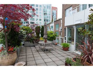 "Photo 1: # 516 888 BEACH AV in Vancouver: Yaletown Condo for sale in ""888 BEACH"" (Vancouver West)  : MLS®# V953540"