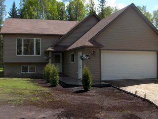 Photo 1: 8235 Glenwood Drive Drive in Edson: Glenwood Country Residential for sale : MLS®# 30297
