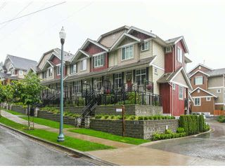 "Photo 2: 2 3009 156TH Street in Surrey: Grandview Surrey Townhouse for sale in ""KALLISTO"" (South Surrey White Rock)  : MLS®# F1327261"