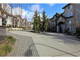 Photo 3: 413 1150 E 29TH Street in North Vancouver: Lynn Valley Condo for sale : MLS®# V1053192