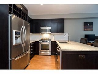 Photo 2: 206 15195 36 Avenue in Surrey: Morgan Creek Condo for sale (South Surrey White Rock)  : MLS®# F1424522