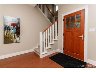 Photo 3: B 7880 Wallace Dr in SAANICHTON: CS Saanichton Half Duplex for sale (Central Saanich)  : MLS®# 686274