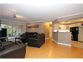 "Photo 4: 108 20145 55A Avenue in Langley: Langley City Condo for sale in ""BLACKBERRY LANE III"" : MLS®# F1431175"